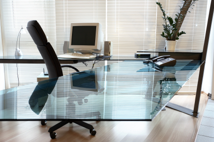 bear glass is the best place to get your new glass desktop from architects to designers to to homeowners bear glass can cater to all your needs and ideas - Designer Glass Desk