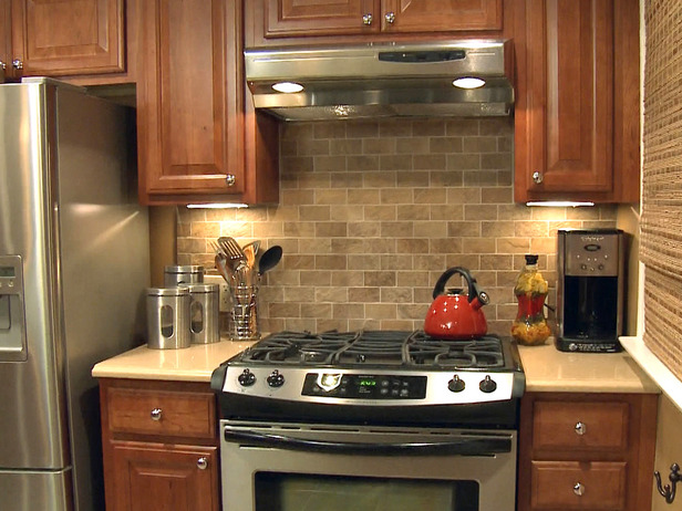Effortless Kitchen Backsplashes | Bear Glass Blog