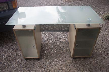 desktops: drab workspace into a glad workspace.