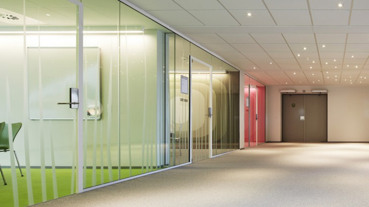 8 Ways – To Use Glass Into The Office | Bear Glass Blog