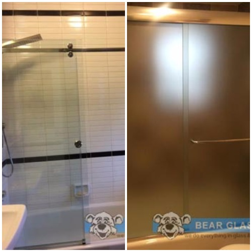 sliding bath tub door